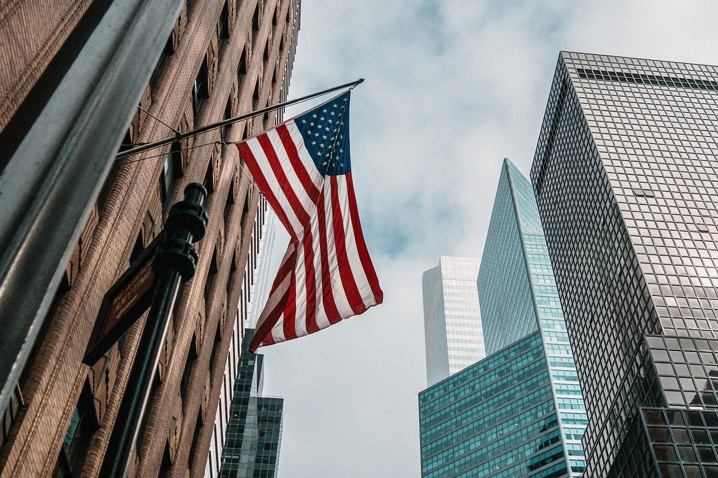 米国株で人気の高配当ETF5本を比較